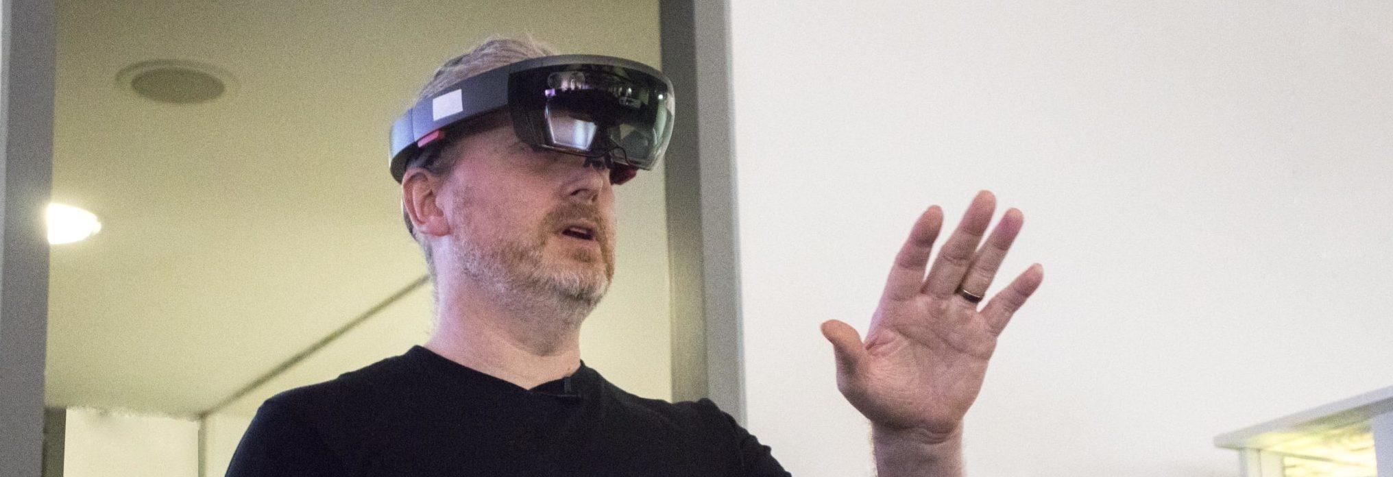 Tech Play Friday – Microsoft HoloLens